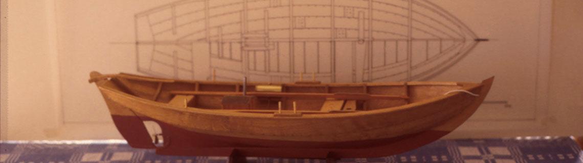 Modellbåt byggd från ritning